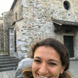 Silvia, Italia
